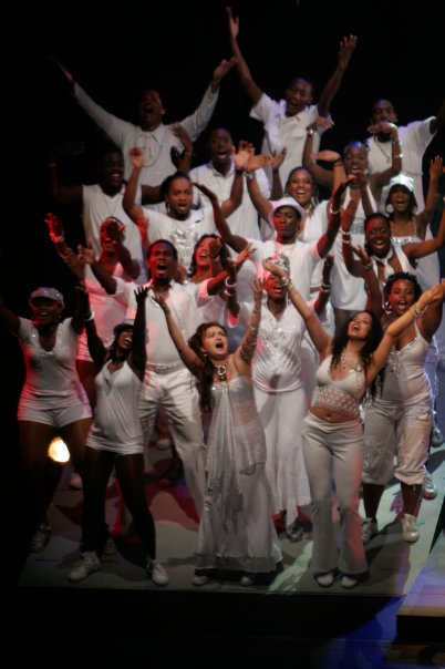 Some of the cast of 3canal's SHINE, including Dionne McNichol Stephenson, Cecilia Salazar, Marlon De Bique and Caroline Taylor (Trinidad, 2008). Photo: Jason Hagley