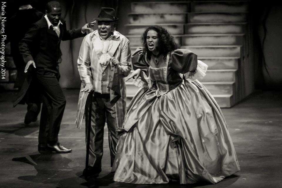 Caroline Taylor and David Stephens as the Thénardiers. Les Misérables, Trinidad 2014